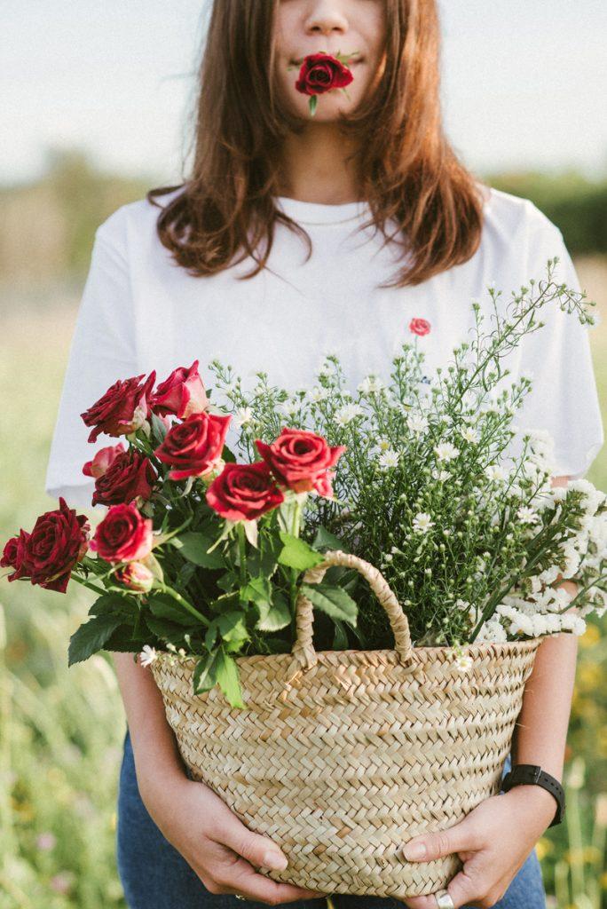 flowergirls-picnic_tshirt-