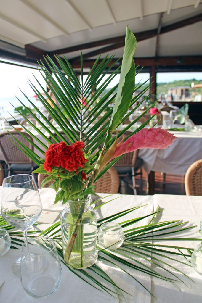 tropical table set